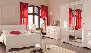 chambre a coucher blanc chambre coucher blanche fabulous dcoration chalet u chambres