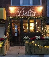 Della restaurant