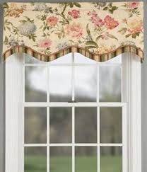 Country Curtains Penfield Ny by Aviary Lined Layered Scalloped Valances I Covet This I Have