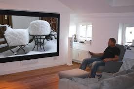 beamer wohnzimmer so gelingt der große bild spaß