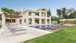 100 Villa In Outstanding Luxury In Las Torres