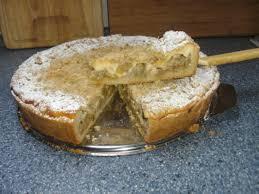 rhabarberkuchen mit haferflockenstreuseln