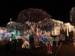 Clovis Christmas Tree Lane Hours by Best Christmas Lights And Holiday Displays In San Carlos San