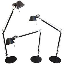 Tolomeo Desk Lamp Sizes by Tolomeo Desk Lamps For Artemide By Michele De Lucchi And