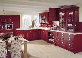 l form küche im landhausstil in weinrot