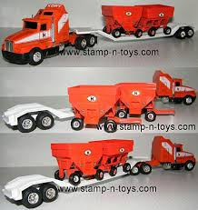 100 Ertl Trucks 9281 Kory Wagons KW T600 Wlowboy And Two Kory Wagons For The