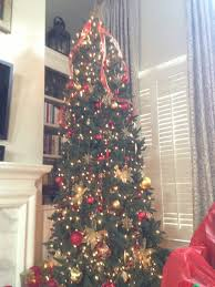 Curtain Ideas With 9ft Christmas Tree And Bookshelves