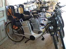 vélo avec siège bébé velo avec porte enfant le vélo en image