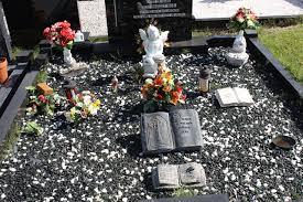 ideas for graveside decorations unique headstone decorations cemetery grave decoration ideas plus