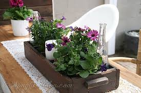 Decoration In Garden Table Decor Decorating For Spring