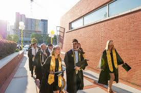 what not to wear commencement edition u2026and other tips for your