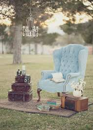 Shabby Chic Wedding Decor Pinterest by Best 25 Vintage Chairs Ideas On Pinterest Wedding Photo Booth