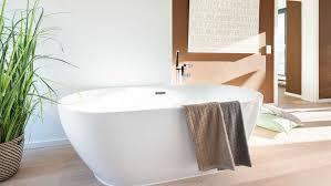 bad ohne fliesen ihre alternativen bei der badsanierung