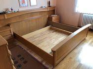 ehebett bett schlafzimmer mit sideboard