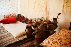 mediterran orientalisch wohnen mit türkischen möbeln