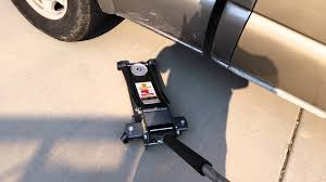 35 Ton Floor Jack Canada by Harbor Freight 3 Ton Jack And Jack Stands Review Youtube