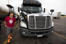 100 Truck Stops In New Mexico Too Many S Too Little Parking WSJ
