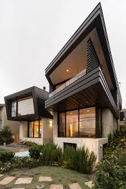 100 Mosman House Fox Johnston Architects Design The Balmoral Set On The Hills