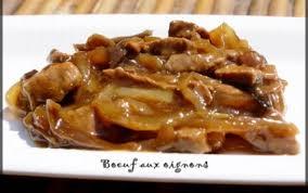 cuisiner le boeuf recette boeuf aux oignons 750g