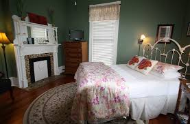 Pecan Tree Inn in Beaufort North Carolina