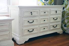 Review about Painting a Dresser White