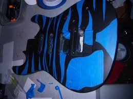 Teddy Zane Shows You An Easy Way How To Paint A Guitar Body With Spray Or Custom Hero