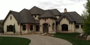 Decor Classic Tuscan Style Homes With Pavers Pathway And