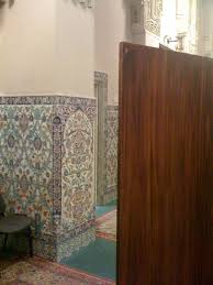 What Is A Muslim Prayer Curtain by The Penalty Box Muslim Women U0027s Prayer Spaces Muslimmatters Org