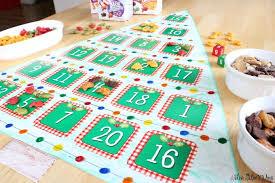 GoldfishR Crackers DIY Christmas Tree Poster Board Game