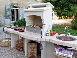 modele de barbecue exterieur attrayant dimensions plan de travail cuisine 10 une cuisine