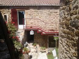 chambres d hotes millau et environs chambres d hôtes la terrasse de peyre chambres comprégnac viaduc