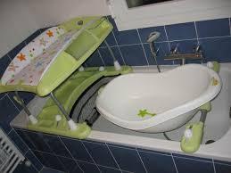bebe confort table a langer table a langer avec baignoire bebe confort grossesse et bébé