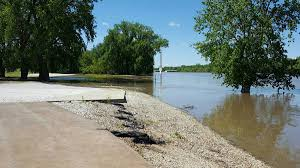The Patio Restaurant Quincy Il by Flooded Illinois River Could Shut Down Scott County Business