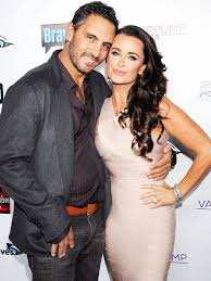 Kyle Richards Halloween Interview by Irealhousewives The 411 On American International Real
