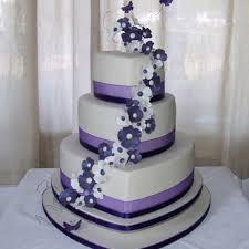Download pretty heart cake for wedding purple