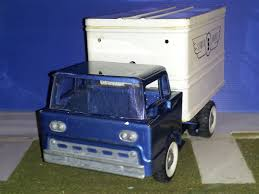 100 Structo Toy Truck Airlines Service Collectors Weekly