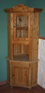 eckschrank echtholz kiefer vitrinenschrank wohnzimmer
