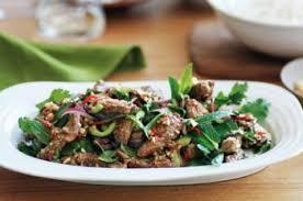 cuisine thailandaise recettes salade de boeuf recettes de cuisine thaïlandaise