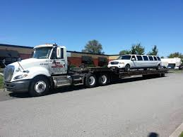 Divine's Hauling And Towing