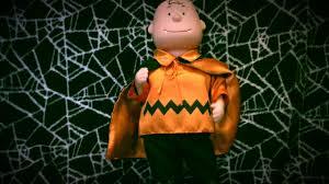 Charlie Brown Christmas Tree Cvs by Gemmy Hip Swinging Vampire Charlie Brown Youtube