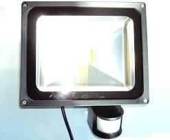 projecteur exterieur avec detecteur de presence projecteur extérieur à led avec détecteur de mouvement 30w ip65