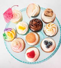 Shell Make Them In What She Calls A Six Pack Which Is Half Dozen Or Case Full The Cupcakes Include About Shot Each