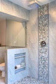 salle de bain avec galet au mur galets on decoration d interieur