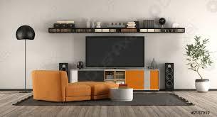 foto auf lager modernes wohnzimmer mit heimkino ausstattung