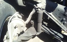 2005 International 4300 (Stock #P-33) | Front Leaf And Springs | TPI