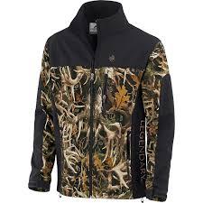 amazon com legendary whitetails mens hurricane softshell jacket