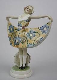 deco figurines reproductions they fled the in 1938 and began reproduction in 1940 in