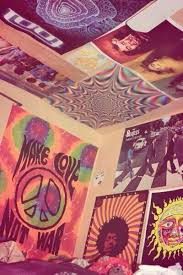 Diy Stoner Room Decor by I Am So Digging This Psychedelic Feel Of This Room Disabled