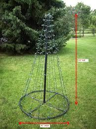 Flagpole Christmas Tree by Mmmtree 1 Jpg