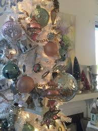 Frosty The Snowman Christmas Tree Ornaments by Seasonal Style 8 Christmas Tree Decorating Ideas
